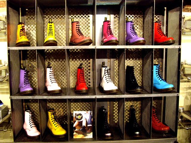 Bay Hk Lee Lee Bay Chaussure Hk Bay Martens Chaussure Chaussure Martens Martens IpXqY